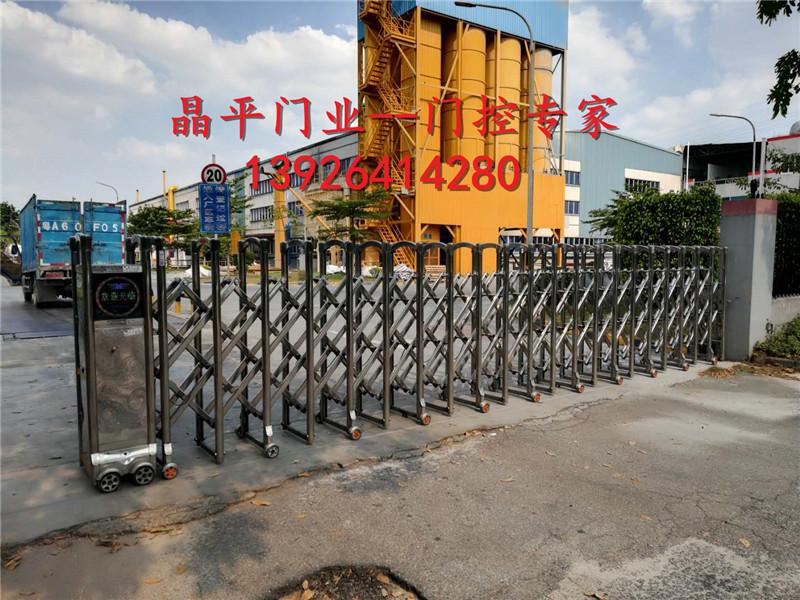 某工厂的不锈钢伸缩门案例